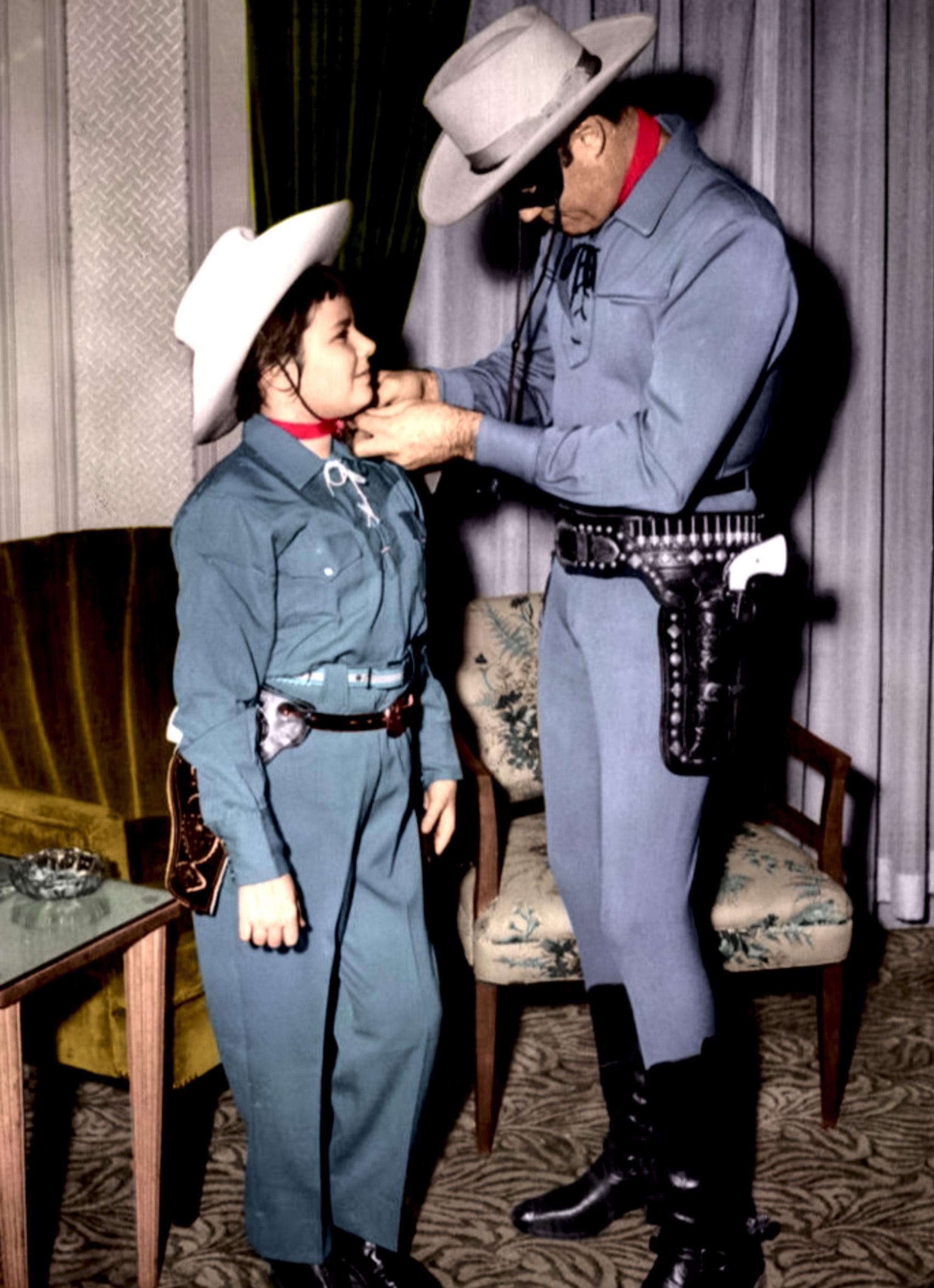 Clayton_Moore_Lone_Ranger_1956 (2)