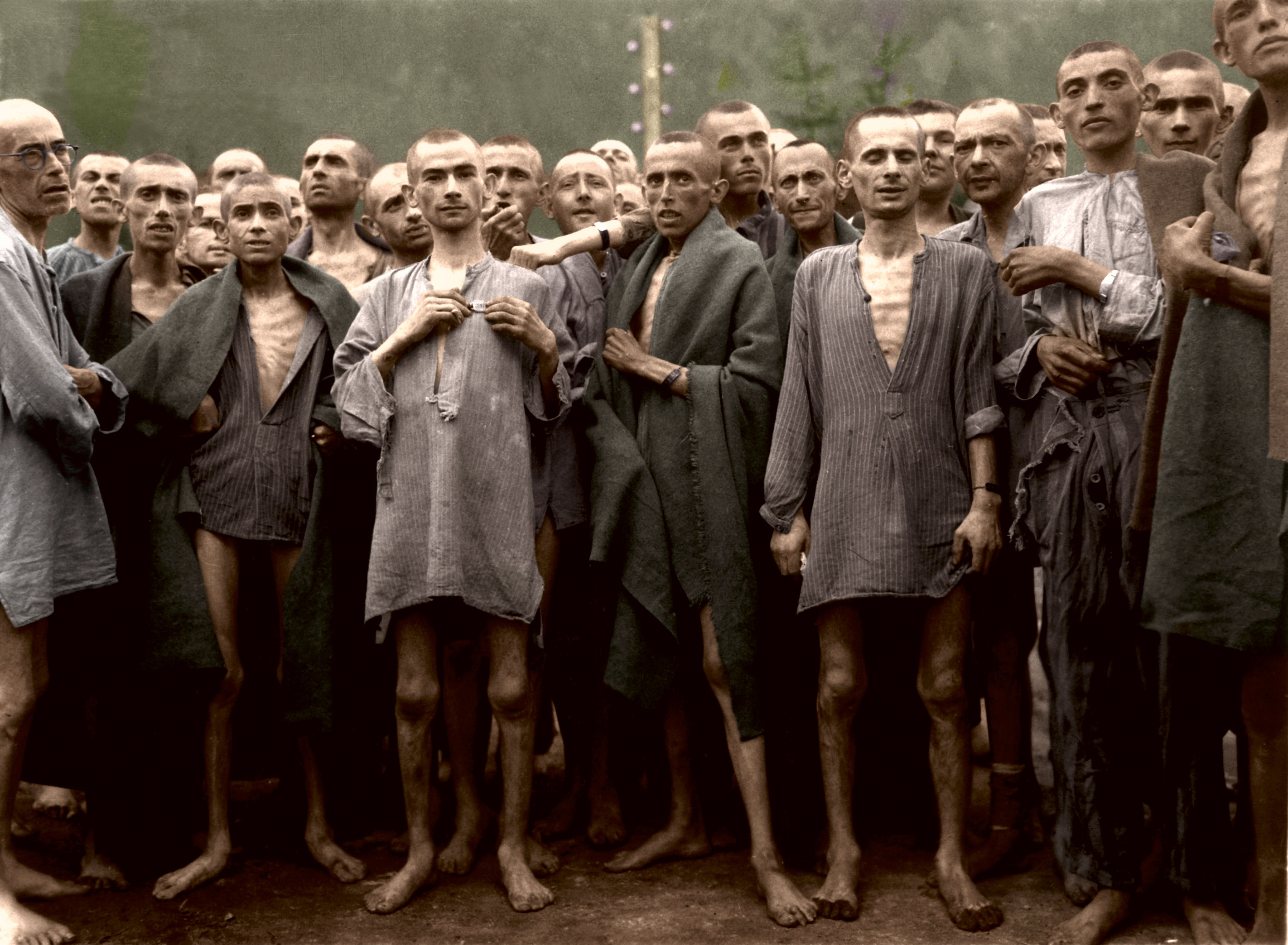 Ebensee_concentration_camp_May 6, 1945