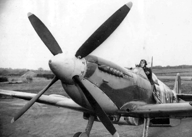 supermarine-spitfire-mk-ix-fighter-02