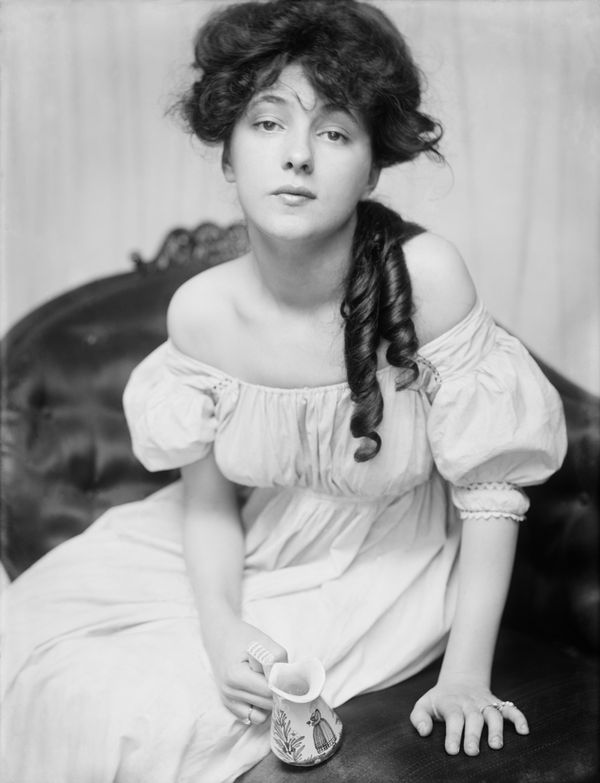 evelyn-nesbit-by-gertrude-kasebier-1902_l