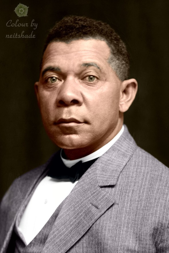 Booker_T_Washington_by_Frances_B_Johnston,_c1895-crop