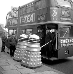 Dalek bus queue2