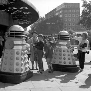 Outside the Planetarium, Baker Street 20 08 1964