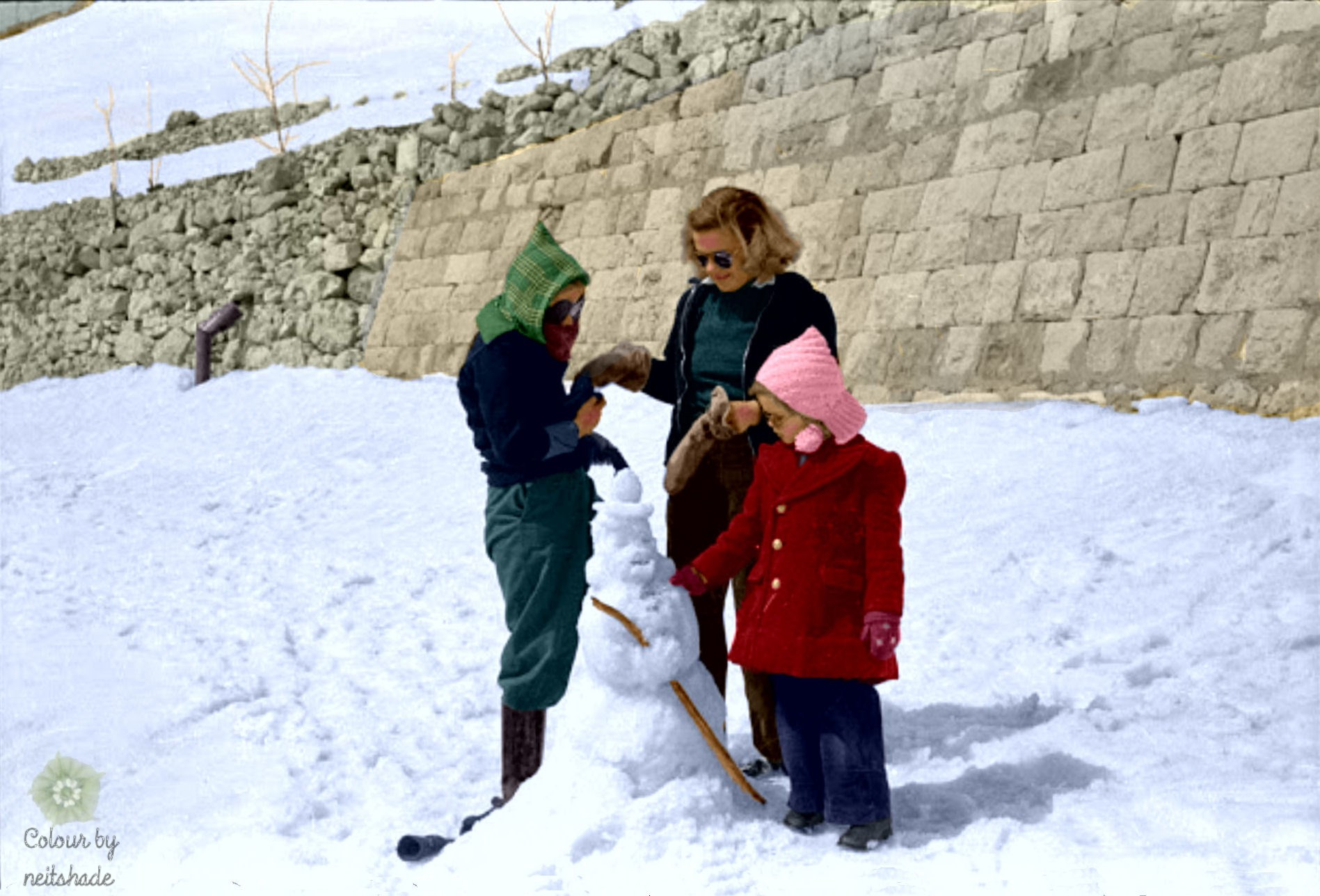 American children building a snowman in Lebanon, 1946
