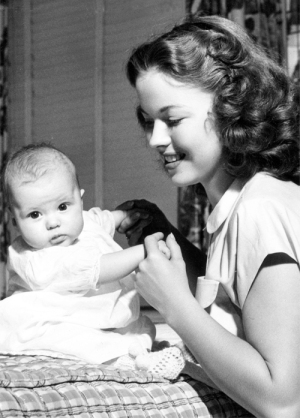 Shirley Temple and Linda Susan Agar
