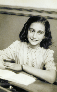 Anne Frank school photo1941