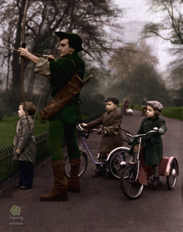 Children in Battersea Park watch Patrick Troughton act the part of Robin Hood