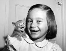 Paula and Kitten (1955)